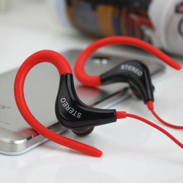 Новый 2015 спорт наушники гарнитуры стерео наушники с микрофоном 3.5 мм наушники для всех мобильных телефонов планшет MP3