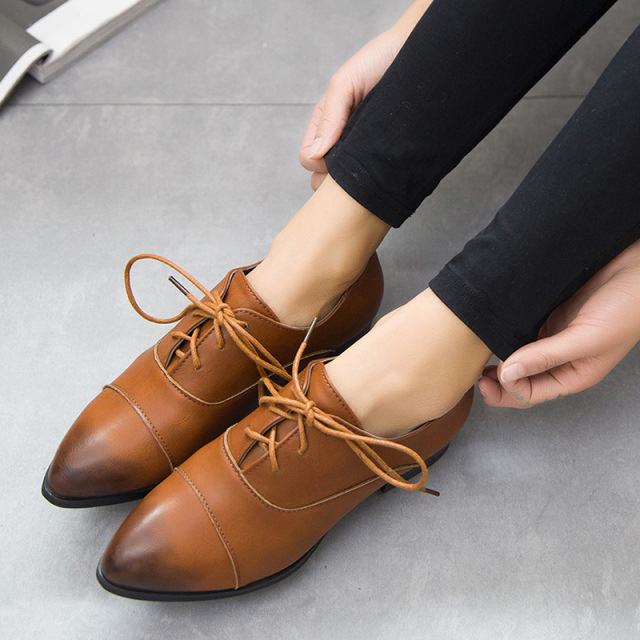 Luxury New Fashion Brazil Style Butterfly Knot Women39s Flat Shoesin Women