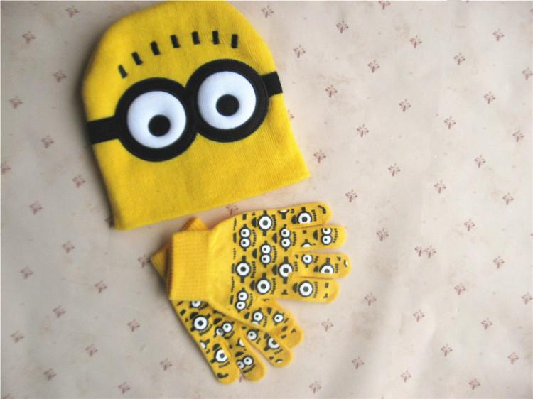 2pcs set Hot Sale Children s Winter Cartoon Minions Glove Hat Sets Fashion Kids Baby Warm