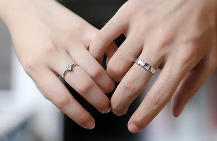 Korean Style 925 Couples Ring Engagement Wedding Ring Lovers Ring With Simulation Diamond In