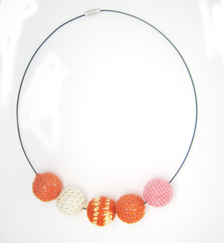 Orange Cream Pink Crochet Necklace / Wooden Necklace / Crochet Beaded Necklace memory Choker Necklace NW1360(China (Mainland))