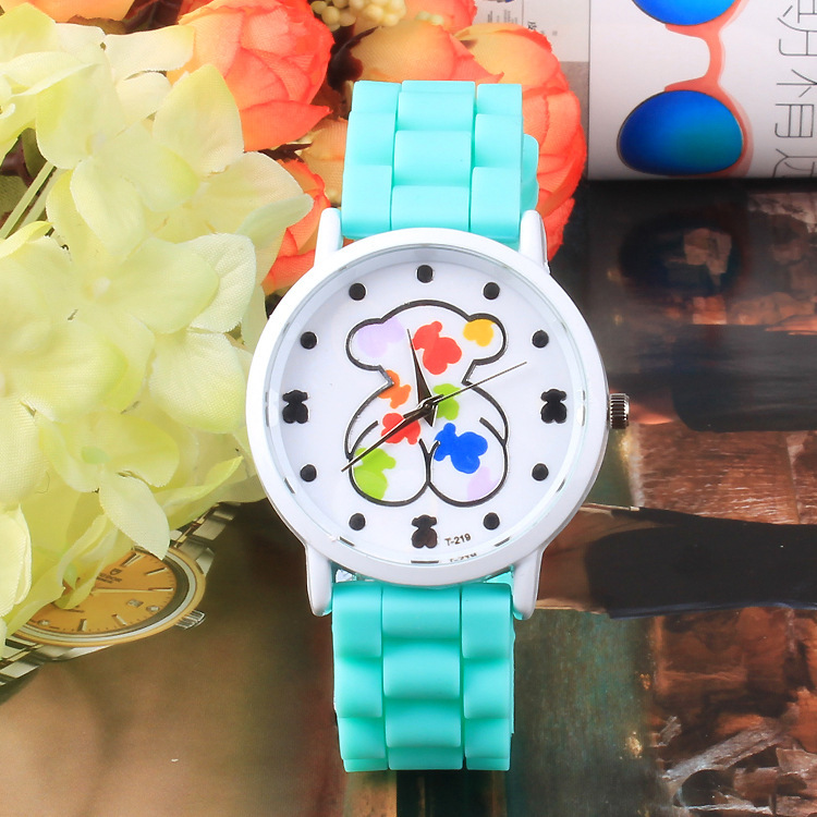 Promotion New Brand Bear Model Multi colors Dress Watches For Women Girls Fashion Silicone Jelly Strap