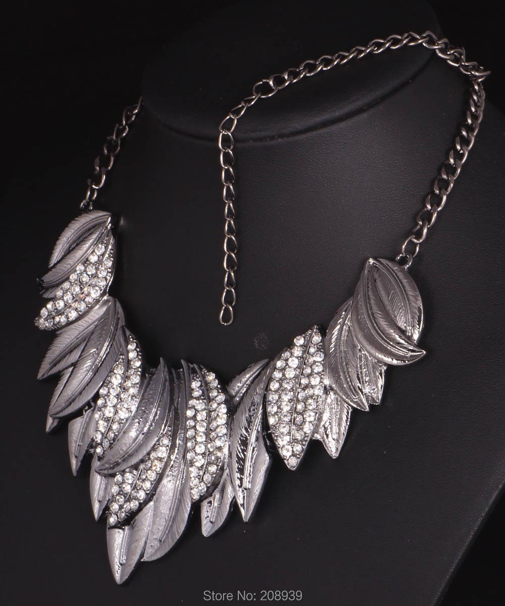 Newest Fashion Antique Silver/Champagne Gold Clear Rhinestone Leaf Pendants Bib Statement Women Choker Necklaces Q921 931(China (Mainland))