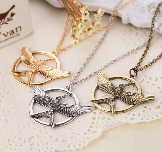 European And American Retro Punk Style Hunger Games 3 Birds Pendant Necklace Couple Necklace(China (Mainland))