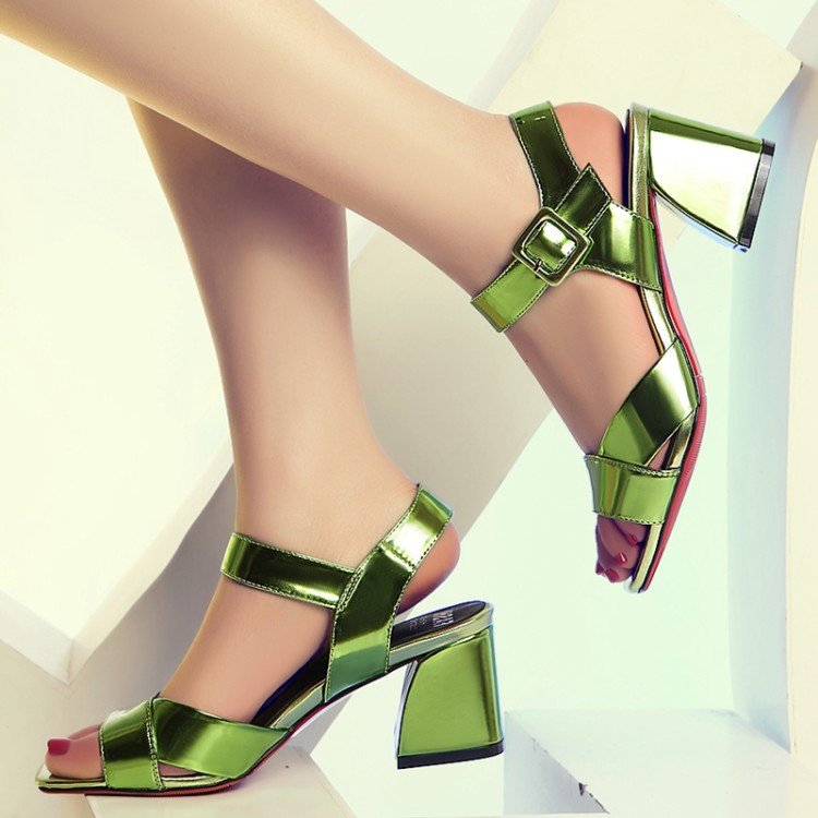 Open Toe Ankle Buckle Green Sliver Patent Leather Thick Heels Sandals For Women 2016 New Fashion Pumps Shoes Shipping Discount<br><br>Aliexpress