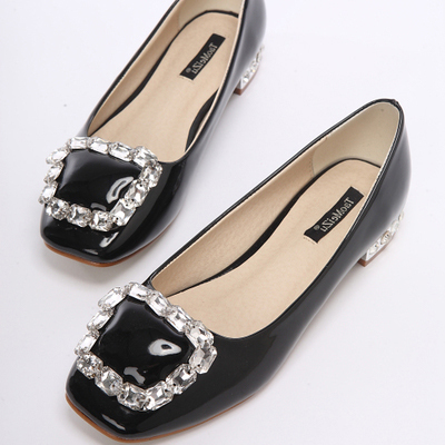 3.5A Black Apricot Red Slip-on Shoes Square Heel Flats Rhinestone Wedding Flats Patent Leather(China (Mainland))