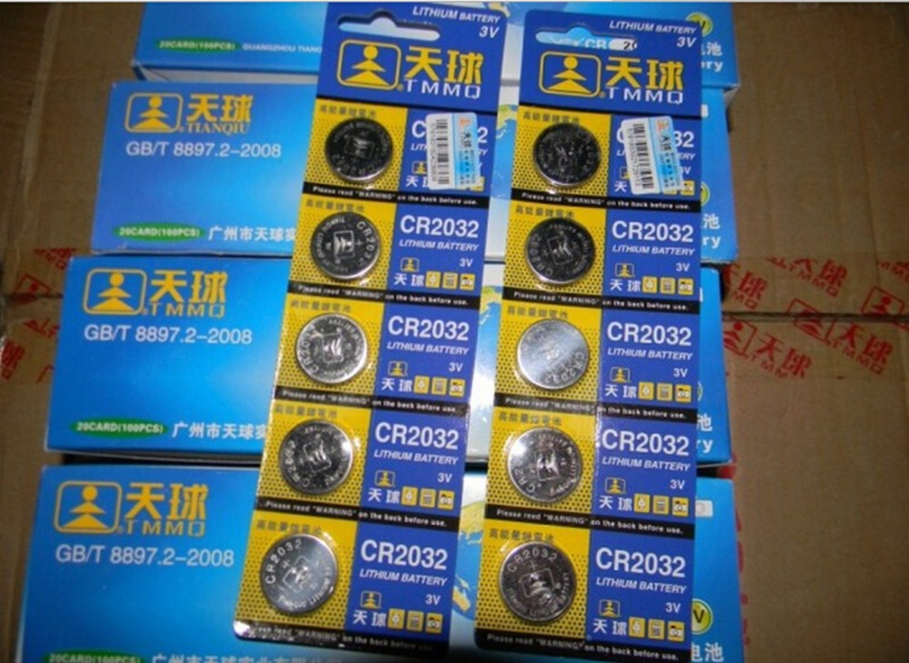 Free shipping 10 Pcs 3V LM2032 CR2032 Coin Cell Button Wholesale High Capacity Lithium Battery For