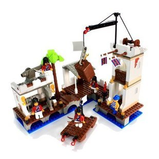 Candice guo! Building blocks set Pirates Of the Caribbean attacks Royal Harbor educational plastic toy children toys(China (Mainland))