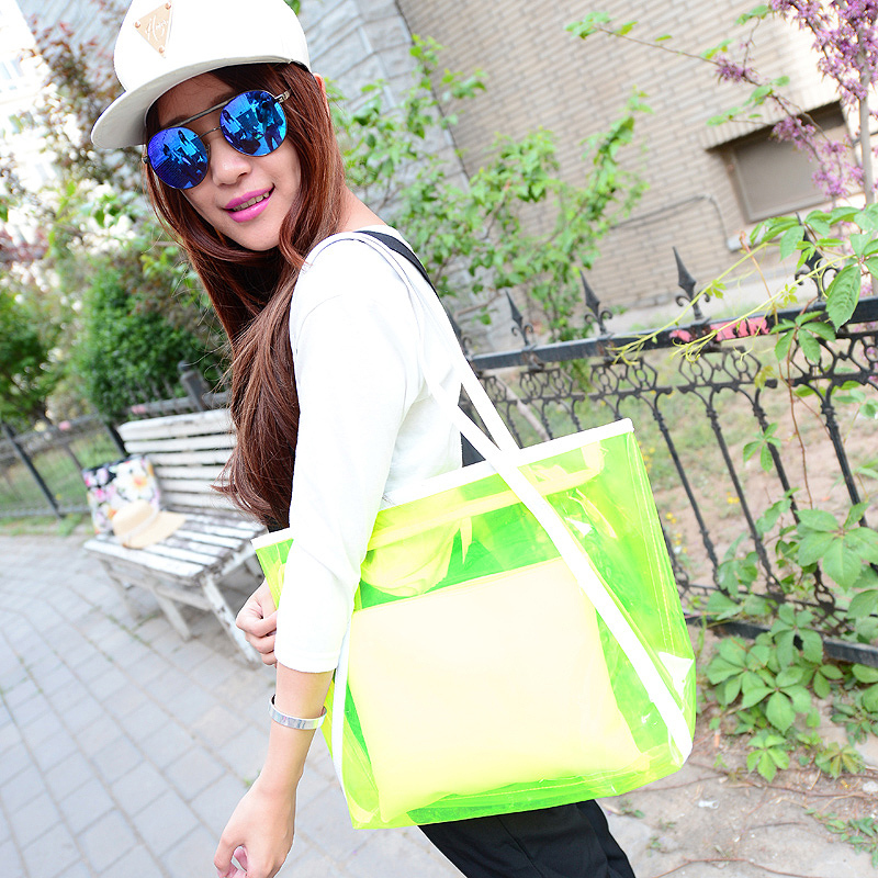 Transparent bag spring 2015 new wave of female summer candy colored handbag shoulder bag big bag jelly crystal beach bag(China (Mainland))