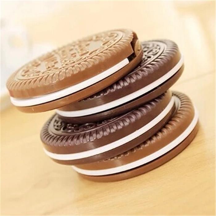 2015 new fashion Cute Cookie Makeup Mirror Chocolate Pocket Hand Cosmetic Mirrors Espelho de maquiagem e Free Shipping(China (Mainland))