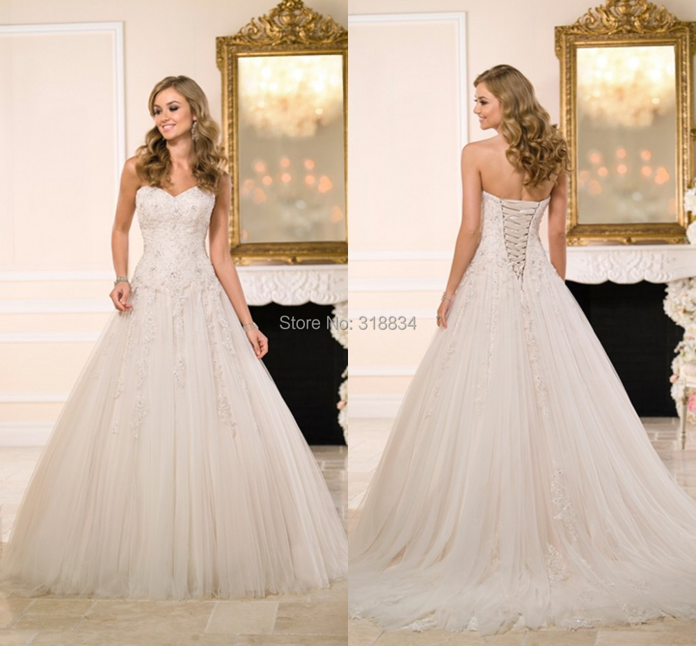2015 simple lace appliques beaded wedding dresses vintage for Vintage beaded lace wedding dress