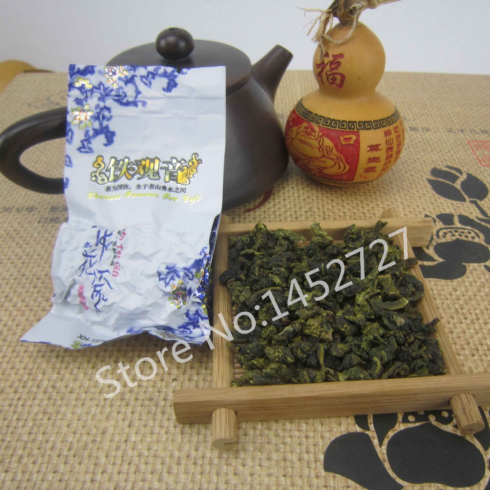 2015 New Tea Spring Green Tea Vacuum Health tieguanyin Oolong Fragrance Tea Blue and white packaging