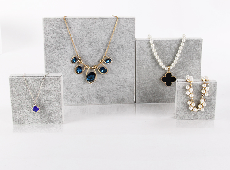 Velvet Jewelry Display Block Lot of 4 Jewelry Display Holder Jewelry Stand Necklace Watch Showcase Velvet Jewelry Board(China (Mainland))