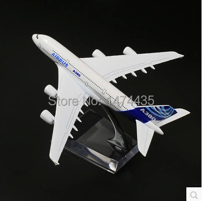 2015 Creative Christmas Gifts Small A380 metal passenger plane model toys as birthday gifts free shippng(China (Mainland))