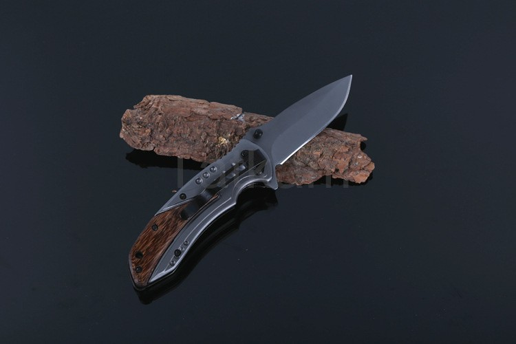 Buy High Quality Buck Folding Knife Stainless Steel Titanizing Blade Camping Survival Tactical Knives cheap