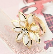 $10 (mix order) Free Shipping 2013 New Fashion Han Edition Flower Pure Fresh Snow Lotus Herb Ring Jewelry 3g(China (Mainland))