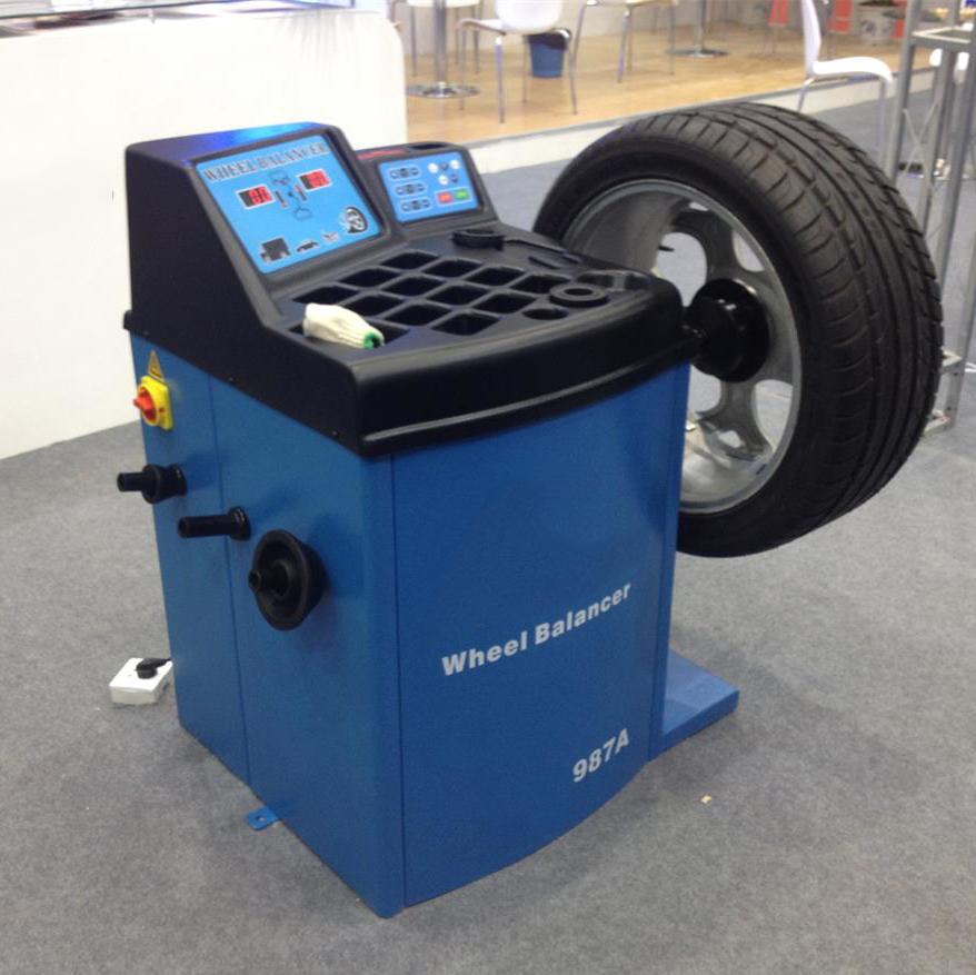 2016 New Type Wheel Balancer For Bigger And Heavier Tyre With LED Digital Display(China (Mainland))
