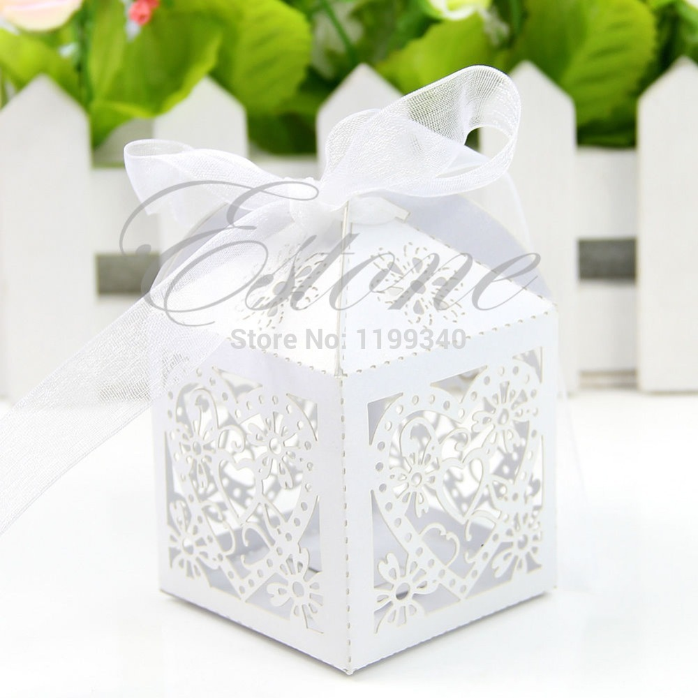 A25 2015 hot-selling 50pcs/pack Lot New Cut Love Heart Laser Gift Candy Boxes Wedding Party Favor With Ribbon free shipping(China (Mainland))