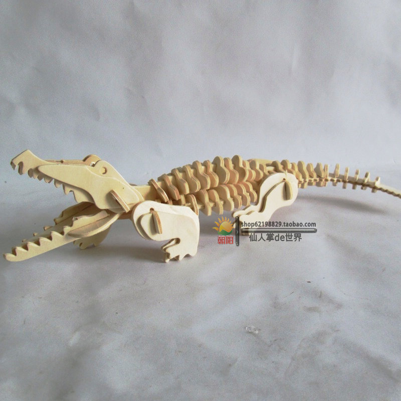 New fancy Intelligent educational toy 3D animal model WOODEN PUZZLE DIY WOODCRAFT CONSTRUCTION KIT handmade CROCODILE G-M013 toy(China (Mainland))