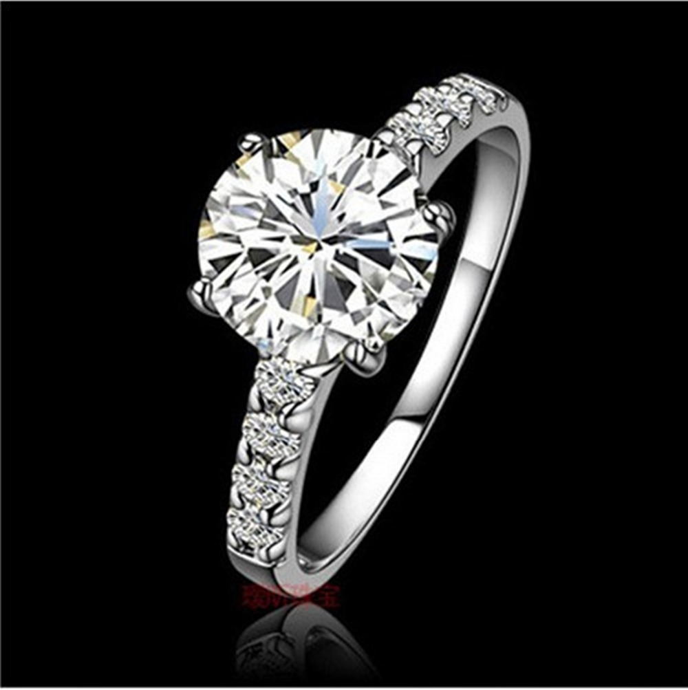 Durable Quality OEM 1 CT Halo Style Brilliant Synthetic Diamond Engagement Ring for Women Solid 18K White Gold Never Fade(China (Mainland))