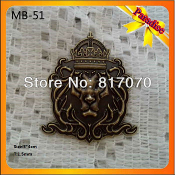 (MB-519)Hot !!! high quality metal Anquite brass color zinc alloy metal lion logo for furniture