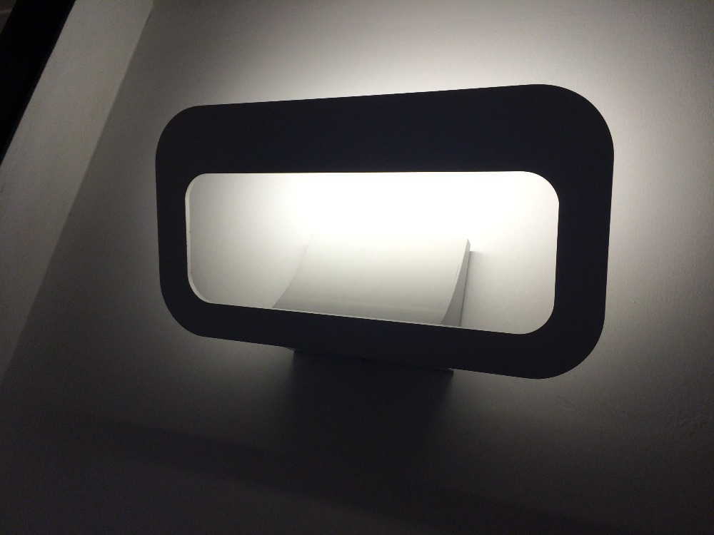 Modern brief Personalized bedside lamps 12 W LED Iron Power wall lamp for Bedroom Luminaired Led Wall Mounted Bed Lamp(China (Mainland))