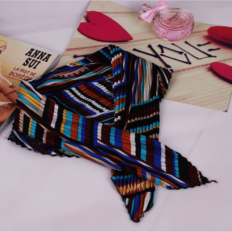 2016 New Fashion Spring Fold Square Scarf Women Korea Printing Pleated Silk Scarves Satin Face Character Imitation Cachecol(China (Mainland))
