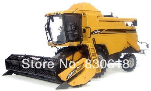 UNIVERSAL HOBBIES Uh 2663 challenger 645 combine harvester alloy toy(China (Mainland))