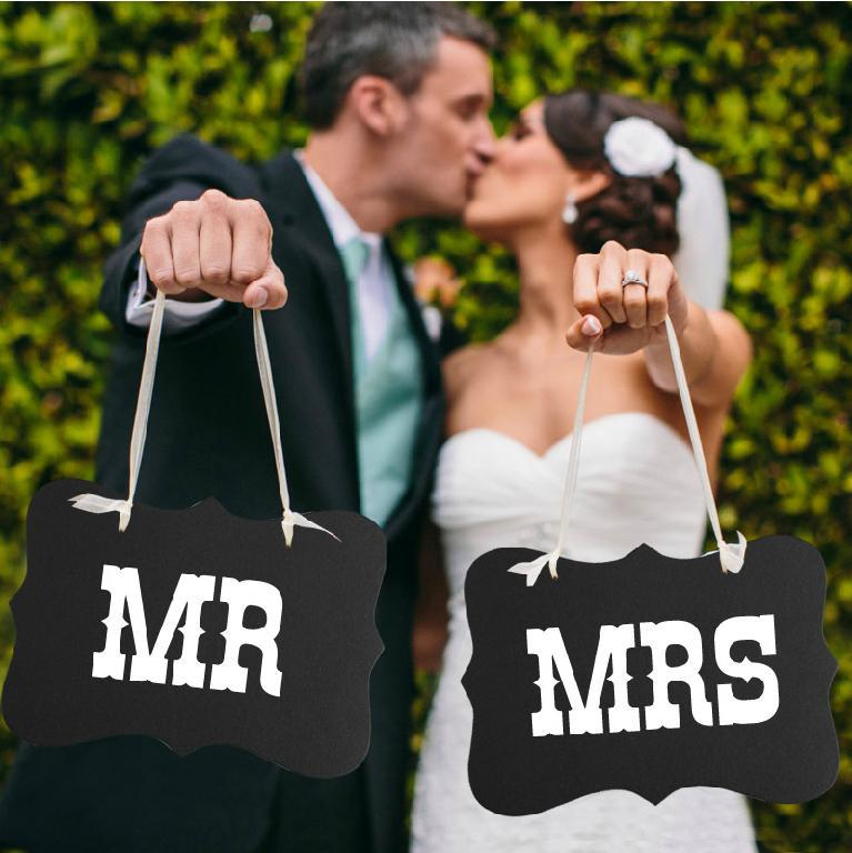 Free shipping 1 Set MR & MRS, DIY Photo Booth Props Wedding Birthday party fun favor Party wedding Decoration(China (Mainland))