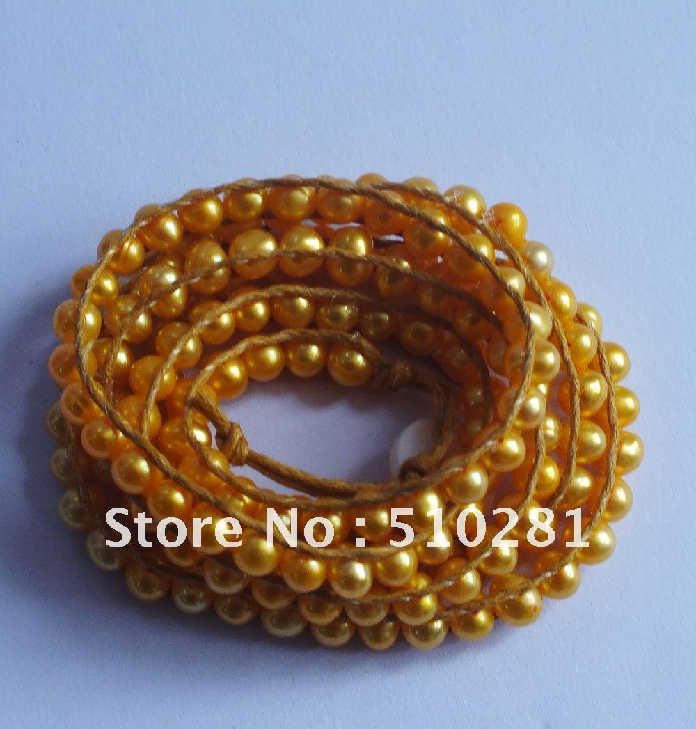 DISCOUNT SALE!!! charming and pretty peral Bracelet. Free Shipping(China (Mainland))