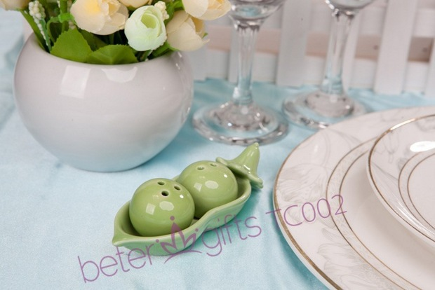 Free Shipping 200box Salt and Pepper Shakers set Baby Shower Party Favors Place Cards BETER-TC002(China (Mainland))