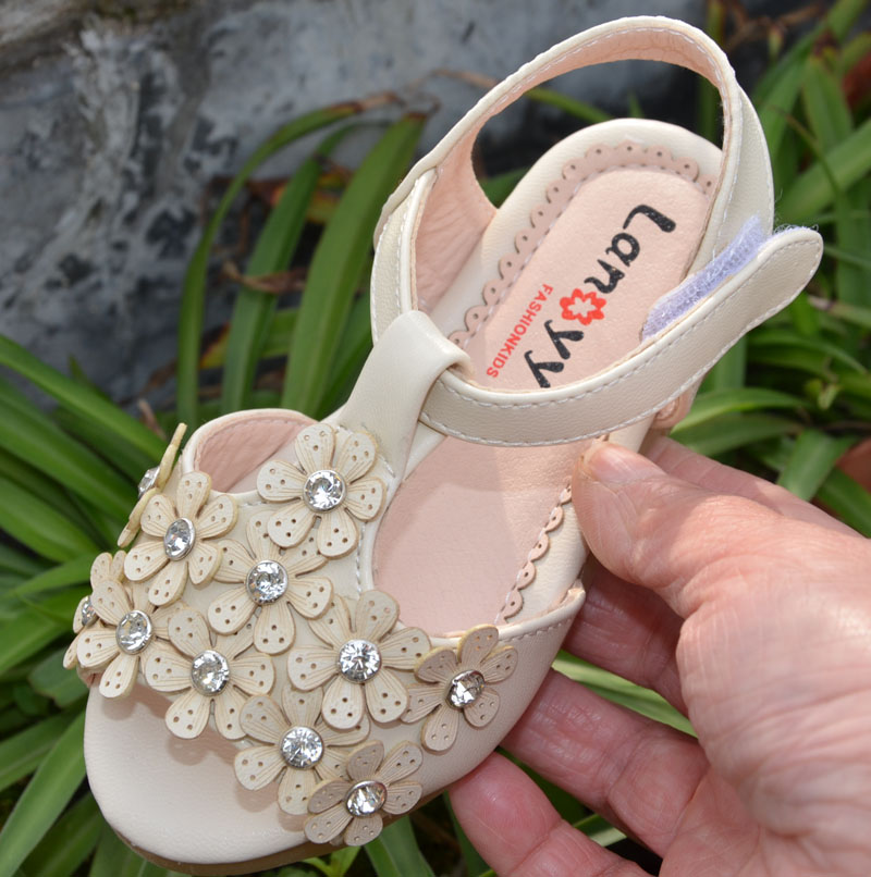 little girls sandals PU for muslims toddler shoes beige pink open toe summer style baby girls elegant sandals crystal diamond(China (Mainland))