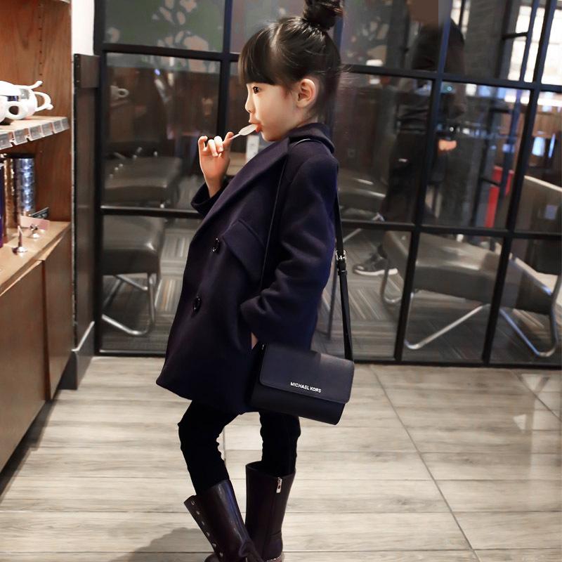 Здесь можно купить  New Design 2015 Girls Woolen Coat Slim Autumn And Winter Warm Solid Long-Sleeved Jacket Lapel Casual Fashion R1163A1930 New Design 2015 Girls Woolen Coat Slim Autumn And Winter Warm Solid Long-Sleeved Jacket Lapel Casual Fashion R1163A1930 Детские товары