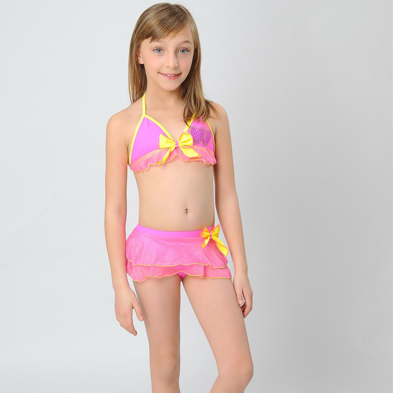 Hot latina in mini skirt big tits