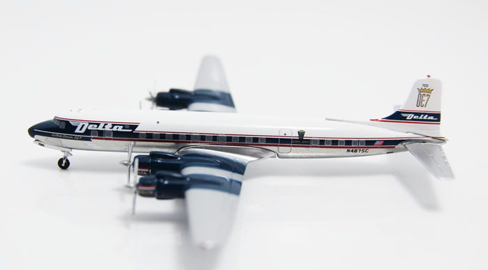 Free Shipping Delta Air Lines DC-7B N4875C Airplane Pop Juguetes 1:400 Scale Models Figures Brinquedos Plane Model Classic Toys(China (Mainland))