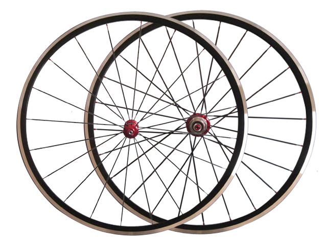 Free shipping Only 1280g KINLIN XR200 wheelset 22mm clincher alloy wheel with R36 carbon hub(China (Mainland))