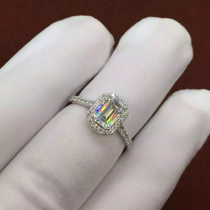 1 Carat Emerald Cut GH Color Lab Grown Moissanite Solid 14k 585 White Gold Halo Engagement&amp;Wedding Ring Real Diamond Accents<br><br>Aliexpress