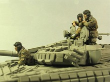New Resin Kits 1/35 Soviet Tank Crews Soldiers 3 Figures/ Set Free Shipping
