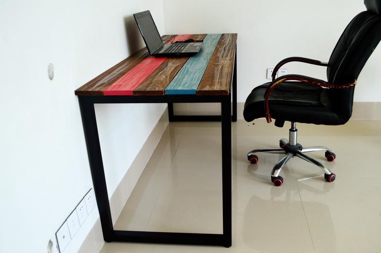 Стол для компьютера своими руками из трубы 71