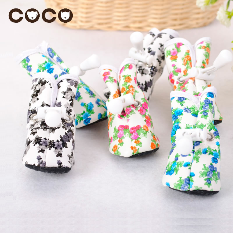 Pet Dog Shoes/Footwear Rain Boots Dog Clothes Waterproof Rain Shoes PU Leather Warm Feet Protective Printed Pet Boots Winter New(China (Mainland))