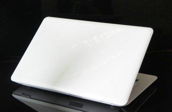 wholesale 13 3 laptop notebook Intel D2500 2G 160G Dual core 1 86Ghz Better than D525