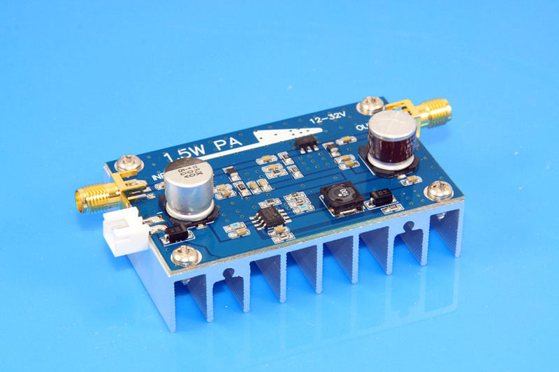 10 MHZ ~ 500 MHZ 1.5 W amplifier HF FM VHF UHF broadband rf power amplifier(China (Mainland))