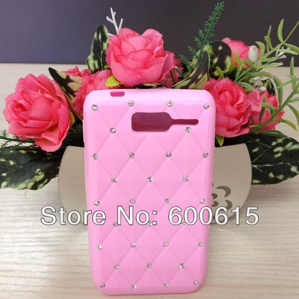 Luxury Bling Rhinnestone Silicone Skin Case Cover For Motorola Razr D1 XT916 XT918 Free Shipping(China (Mainland))