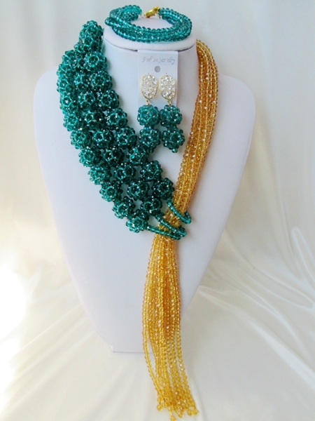 Fashionable wedding beads in Nigeria Africa beads bride wedding suit crystal necklace bracelet   AA675<br><br>Aliexpress
