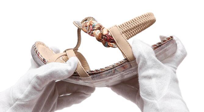 2017 new fashion plus size women shoes flat sandals rhinestone comfort summer 35-42 women sandals flip flops z471
