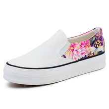 Women Canvas Shoes Summer 2016 Flower Nice Pattern Casual Shoes Woman The comfort Platform Moccasins  Women's shoes