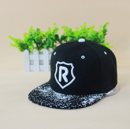 2015 new Korean running man baseball caps R letter flat-top snapback caps hip-hop sun hat for men and women(China (Mainland))