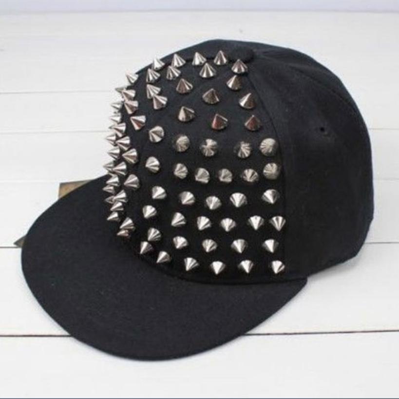 2015 Amazing HOT Unisex Punk Hedgehog Rock Hip Hop Silver Rivet Stud Spike Spiky Hat Cap Baseball Cap(China (Mainland))
