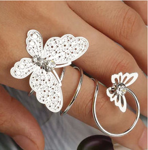Hot Sell Clear Rhinestone Alloy Butterfly Elegant Exaggerated Rings For Women Fashion Wholesale Aneis Bijouterie
