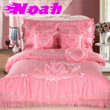 6 Piece luxury Chinese wedding princess bedding set king queen size,lace bed cover heart bedspreads/shirt/bedsheet duvet cover(China (Mainland))
